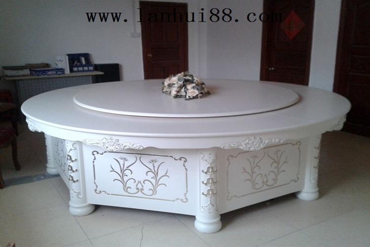 白色圆形旋转雕花餐桌批发直