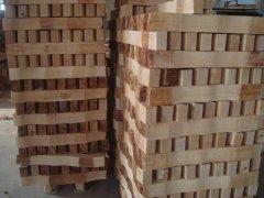 生产电动餐桌的主要木材橡木的区分